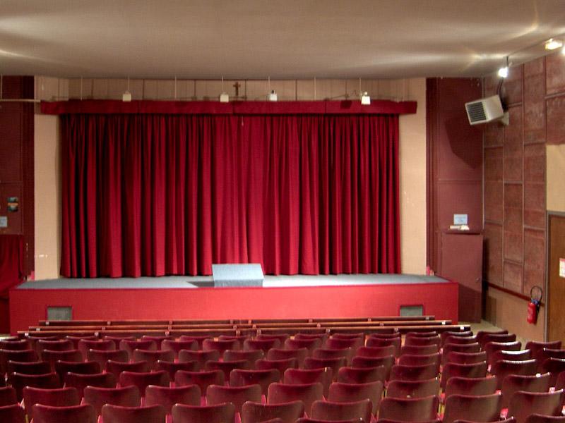 SAINT DENIS LA CHEVASSE – Salle Richelieu